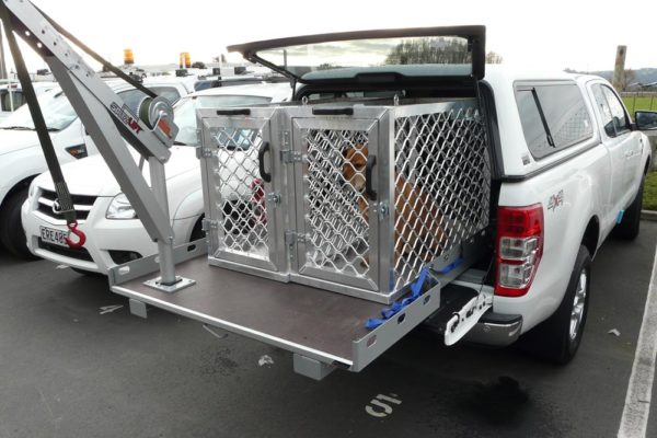 Animal control fitout with small manual crane, 2 cages and Roll-a-table 6