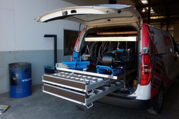 Rolaworx triple drawer 150mm deep lower drawers with sliding table above for hydraulic servicing 6