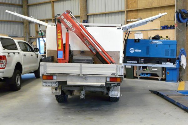 Gullwing logging service vehicle 3