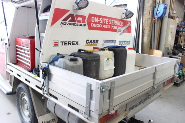 Gullwing 2 door box body fitted to Ute worx flat deck with Mechanics toolbox compartment on LHS 3