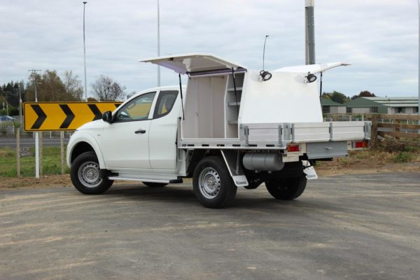 Gullwing 2 door box body fitted to Ute worx flat deck with Mechanics toolbox compartment on LHS