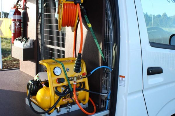 Small portable 24v (also available in 12v) compressor, allows it to be placed ont eh truck to get the brakes going