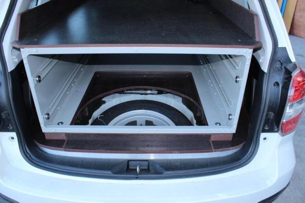 SUV with aluminium drawers - drawers removed for spare wheel access 2